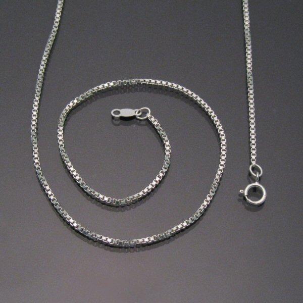 Venetian Box Chain Carrabassett Valley Jewelry